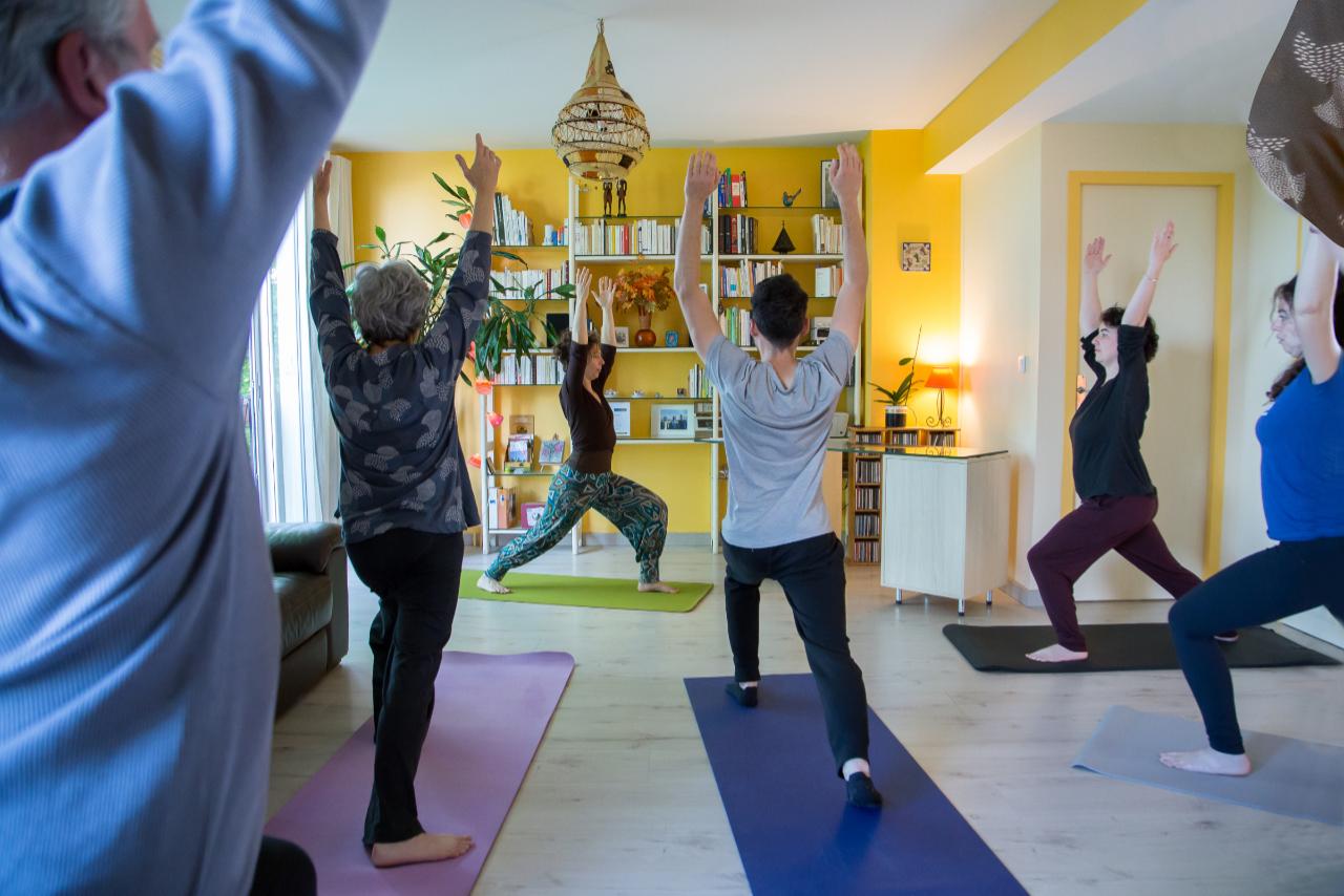 YogaSvadhyaya posture du héro